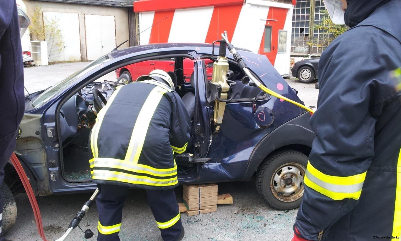 Ausbildungsdienst TH nach Verkehrsunfall_3