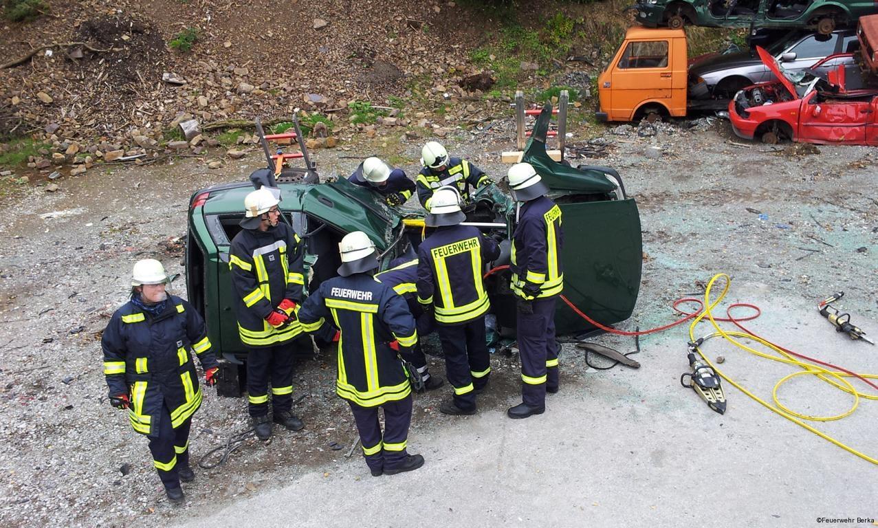 Ausbildungsdienst TH nach Verkehrsunfall_9